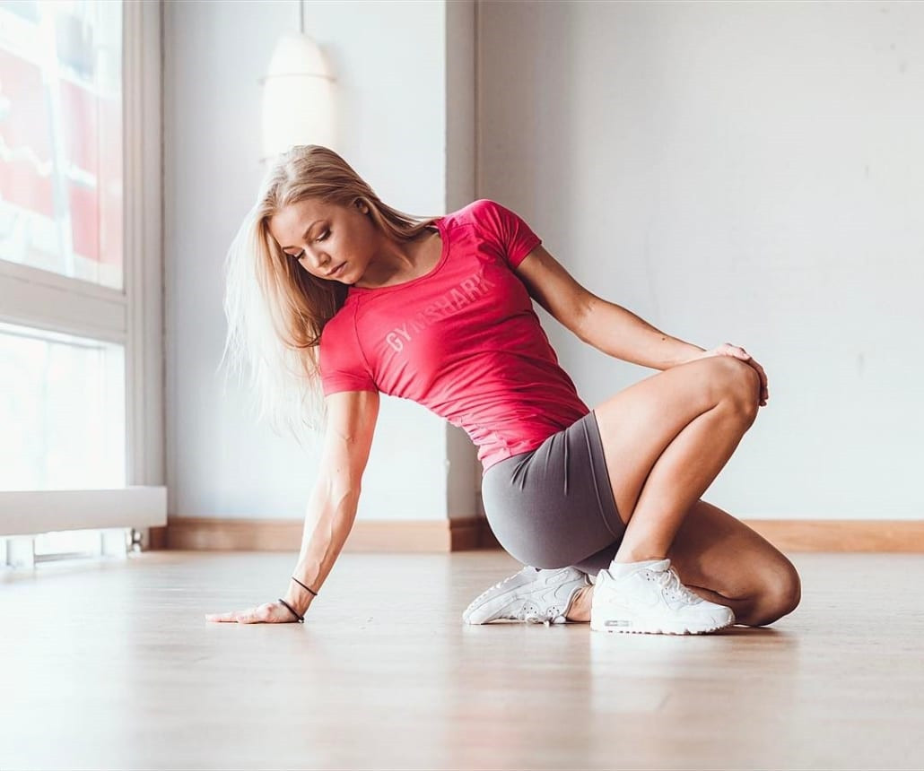 Breast enhancement yoga 丰胸瑜伽