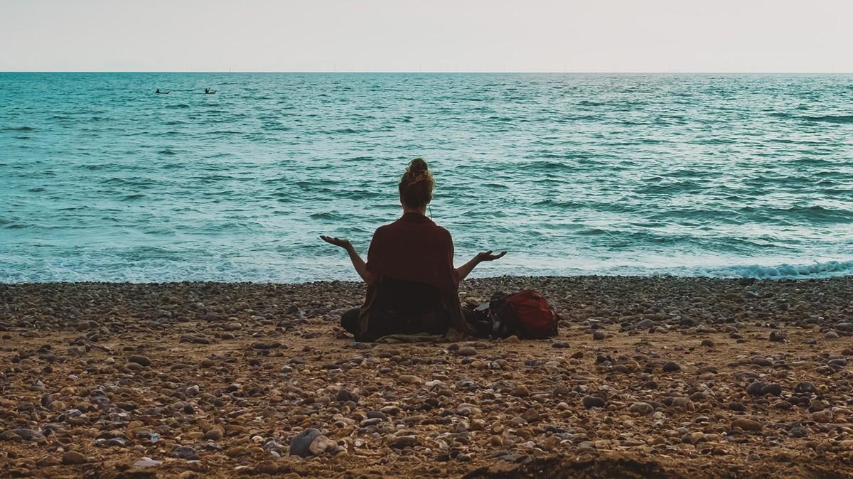 瑜伽静坐冥想