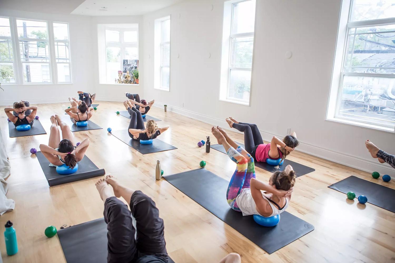 yoga teacher 01